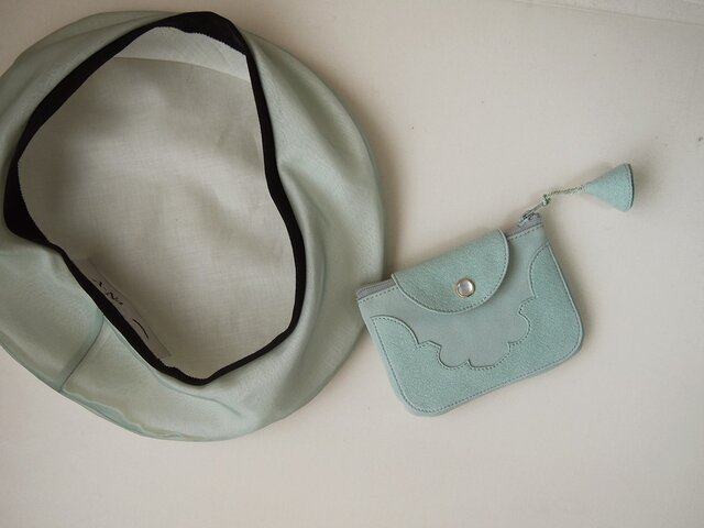 temple coin purse < opal green >の画像1枚目