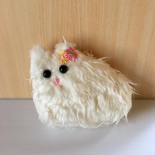 くつろぎ白猫ちゃんぬいぐるみ 送料無料の画像1枚目