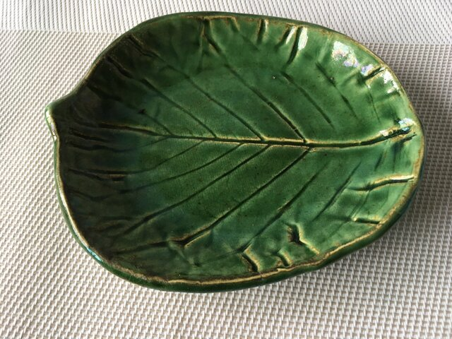 木の葉皿(織部)の画像1枚目