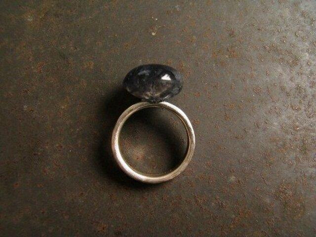 アイオライト 丸いリングの画像1枚目