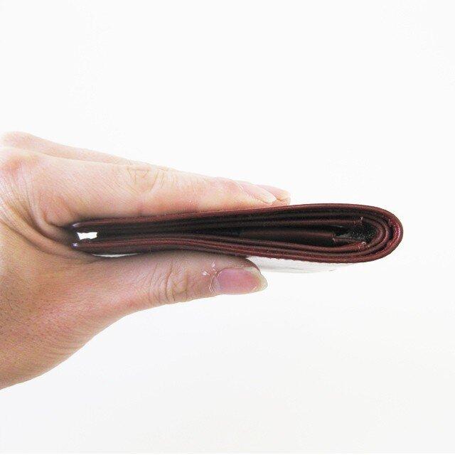 ☆送料無料☆スキニーウォレット<Red> ☆ラッピング無料☆ 薄い 二つ折り財布の画像1枚目