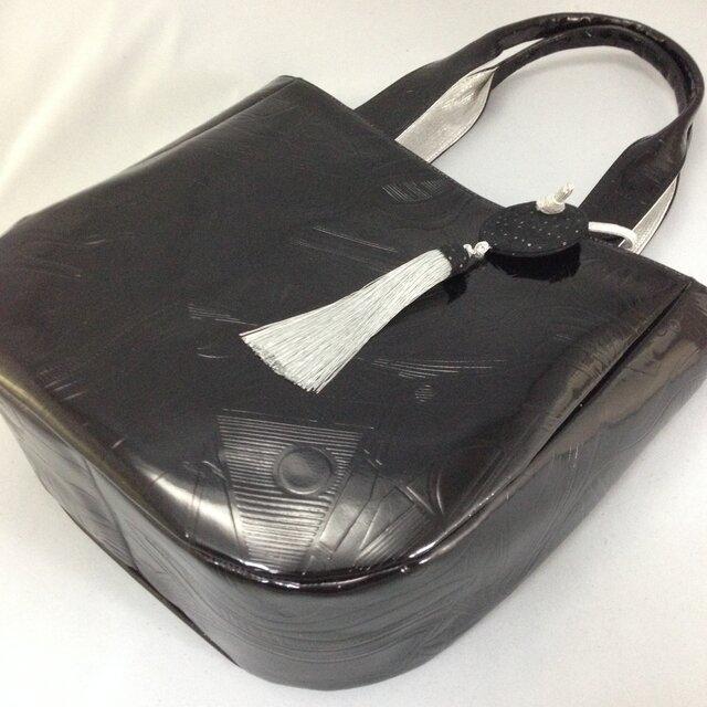 本革*ピカソ風型押し革のトートバッグの画像1枚目