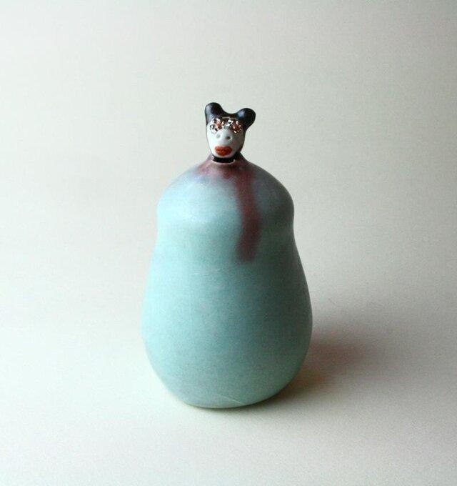 黒豚さんと海 / 青磁 / 徳利 / 陶芸 /酒器 / art ceramic / potteryの画像1枚目