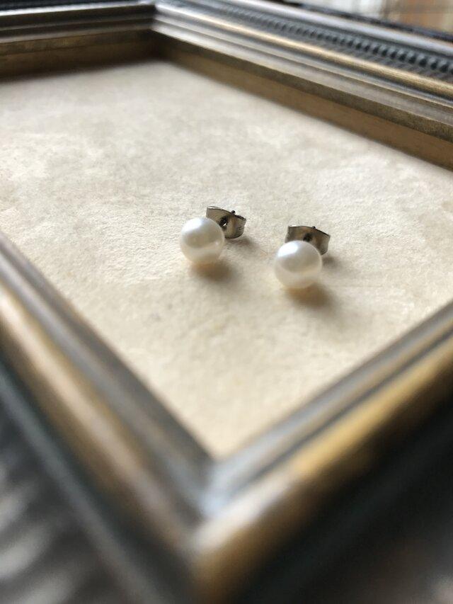 アコヤ真珠のひと粒ピアスの画像1枚目