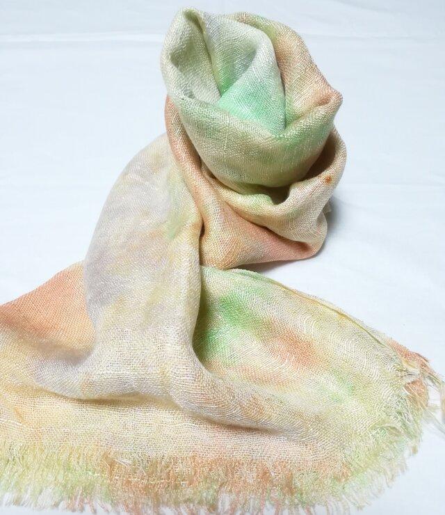 国産シルク100%手描き染めストール pale orange&green&yellow-の画像1枚目