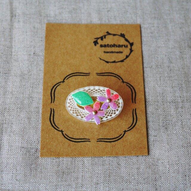 桜のブローチ・オーバル形の画像1枚目