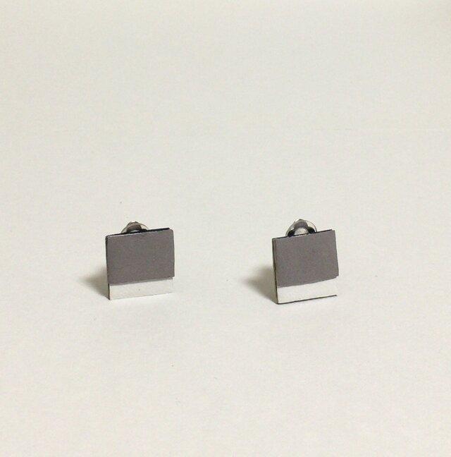 square leather grayの画像1枚目