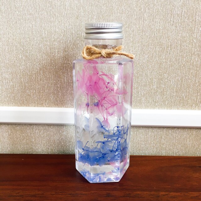 【ハーバリウム】プレゼント、インテリアにご利用ください♪【青・ピンク】の画像1枚目