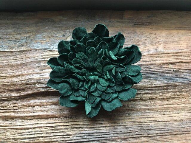 革花のブローチピン 2Lサイズ 深緑の画像1枚目