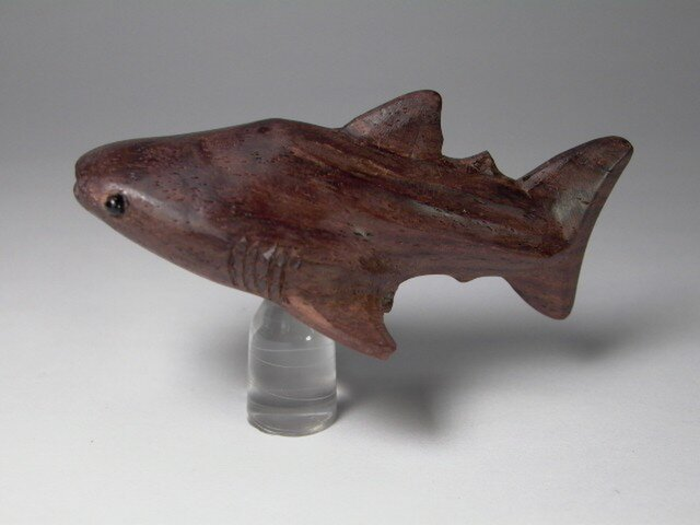 根付 本紫檀ジンベイザメ 1の画像1枚目