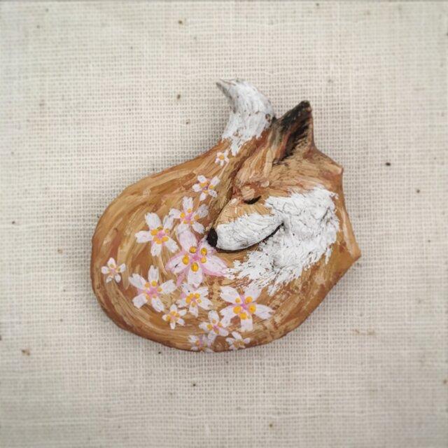 受注制作 ブローチ  春の匂い 「桜」の画像1枚目