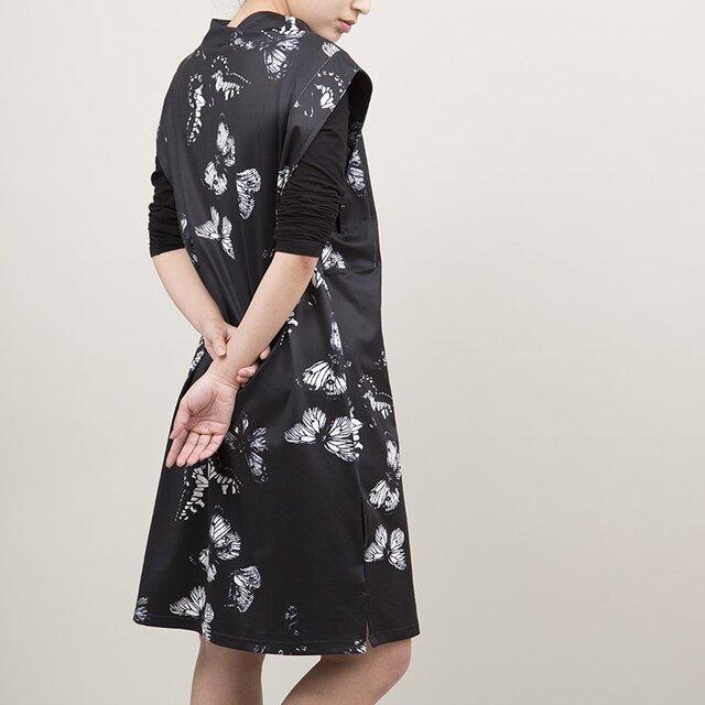 ♡今だけ特別価格♡柄のゆるネックジャンパースカート(ブラック)の画像1枚目