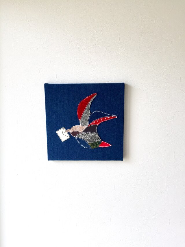 ファブリックパネル 鳥の手紙 30×30の画像1枚目
