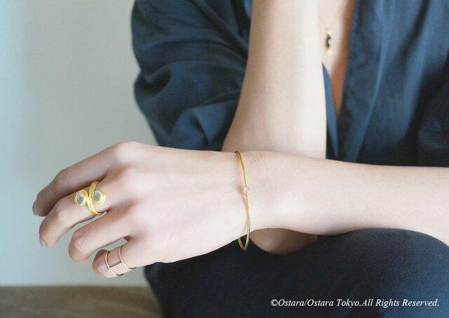 【Gold Vermeil/Gemstone】Crystal Quartz Stucking Bangleの画像1枚目