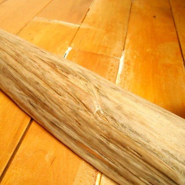 【温泉流木】木から剥がれた弧の流木  流木素材 インテリア素材 木材の画像1枚目