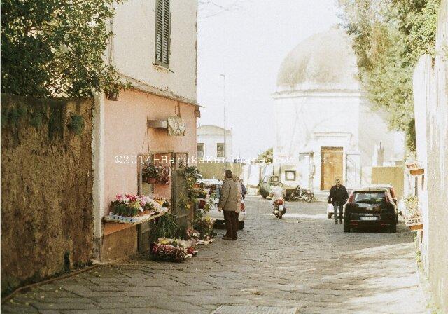 Procida / Italy 「小さな島のお花屋さん」 ポストカード2枚セットの画像1枚目