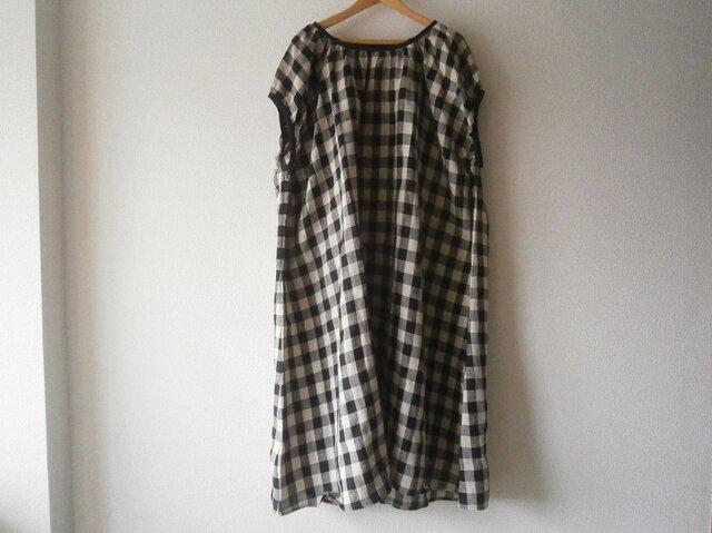 en-enリネン・ブロック黒ベージュ・フレンチ袖ゆったりワンピース(新作、人気、麻)の画像1枚目
