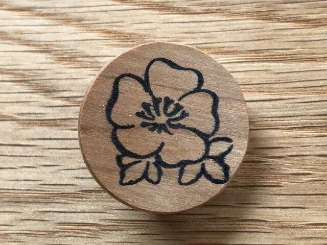 植物のブローチ・花 チェリー材 (postage included)の画像1枚目
