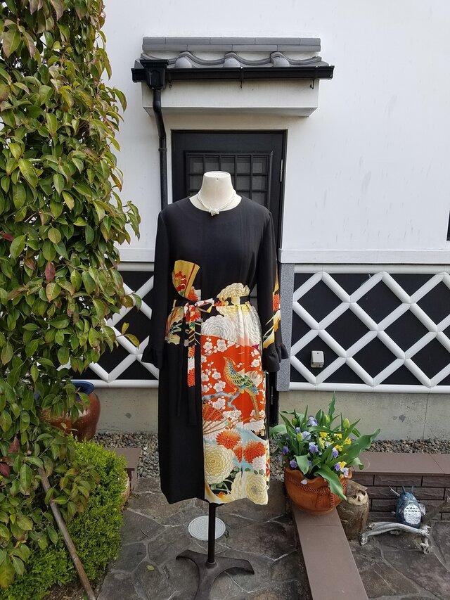 着物リメイク 手作り アンティーク 留め袖 ワンピースの画像1枚目