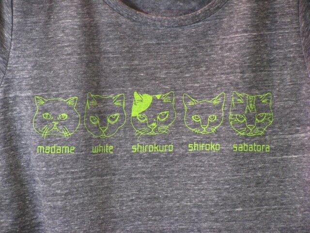 【L】猫ファイブ Tシャツ レディースの画像1枚目