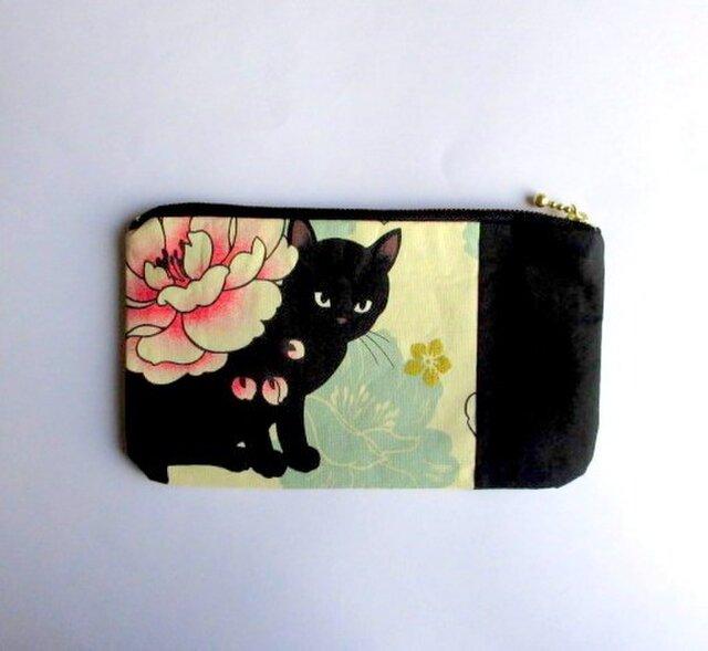 新作! 黒猫のしかくい平ポーチ*クリームDの画像1枚目