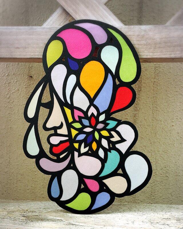 花と水滴の画像1枚目