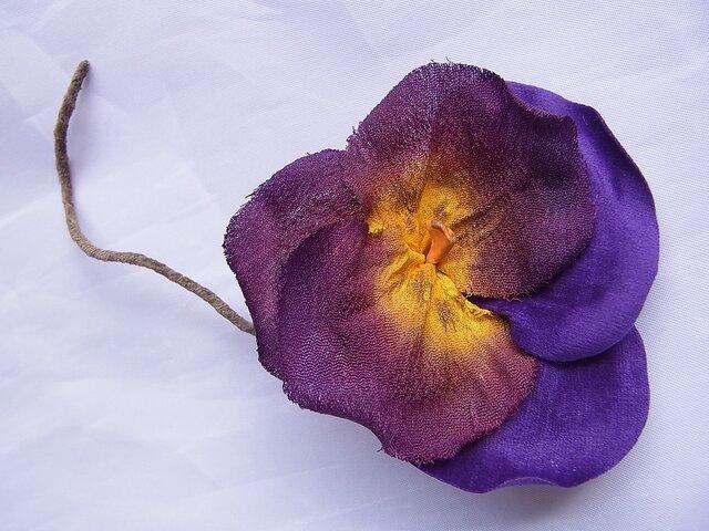 パンジーのコサージュ(紫×黄)の画像1枚目