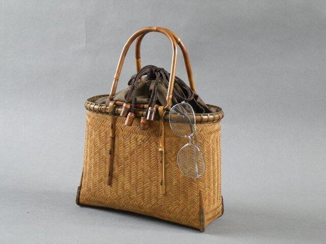 竹籠バッグ かごバッグ 網代編み 燻煙竹 巾着の画像1枚目