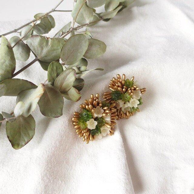 小花×ネコヤナギ 花束イヤリングの画像1枚目