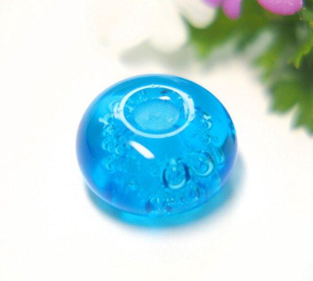 ぶくぶく泡の小さなとんぼ玉 水色の画像1枚目