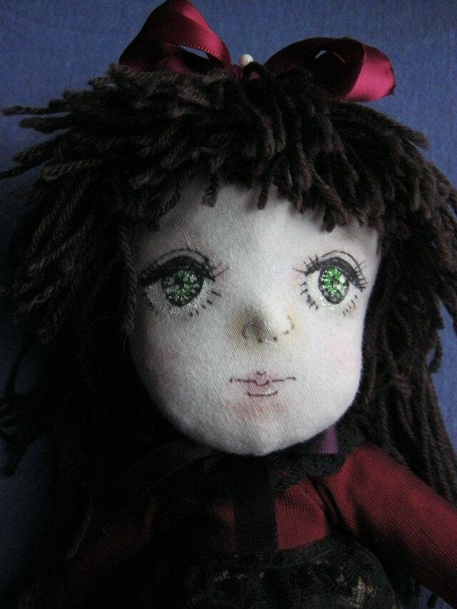 安心、安全、天然素材だけを使ったファブリックドール、100%ウールが詰まった40cmの人形。ハンドメイドで抱き心地が違います❢の画像1枚目