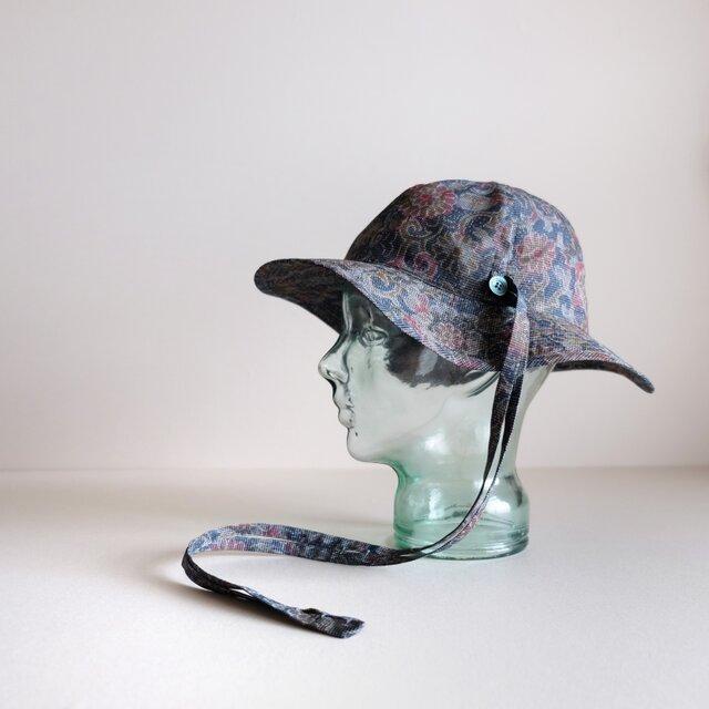 ◆ sale ◆ リボンと遊ぶ帽子 - 絹 花 -  <受注制作>の画像1枚目