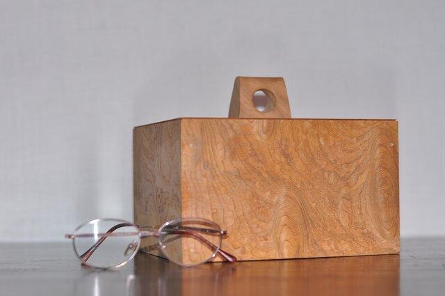 欅雲竜杢 手箱の画像1枚目