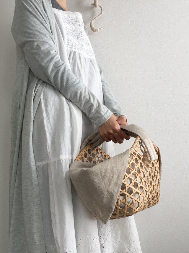 受注製作商品*六角透かし編みのカゴバッグ(ベージュ)の画像1枚目
