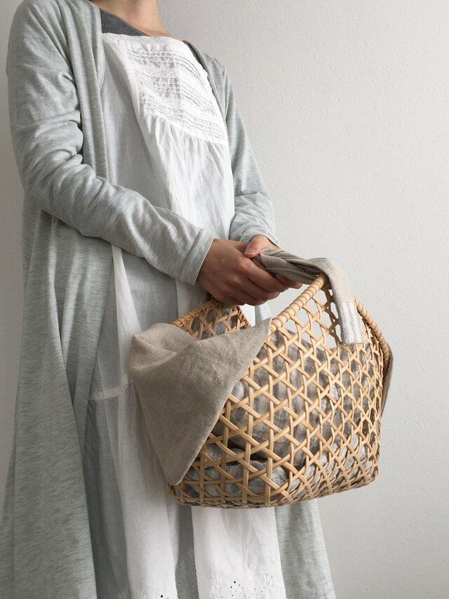 受注製作商品*六角透かし編みのカゴバッグ(ブルー)の画像1枚目