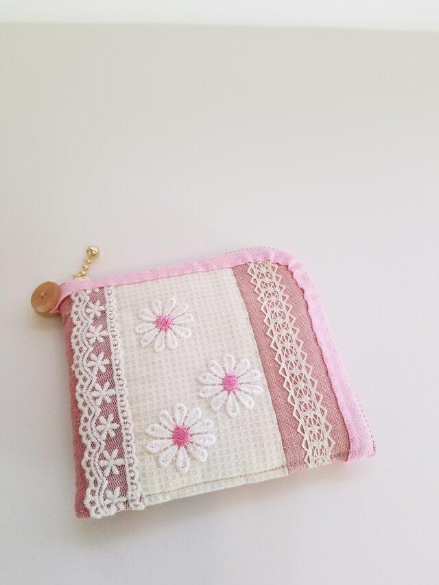 レースと柔らかい生地の2つ折り財布 ピンクの画像1枚目