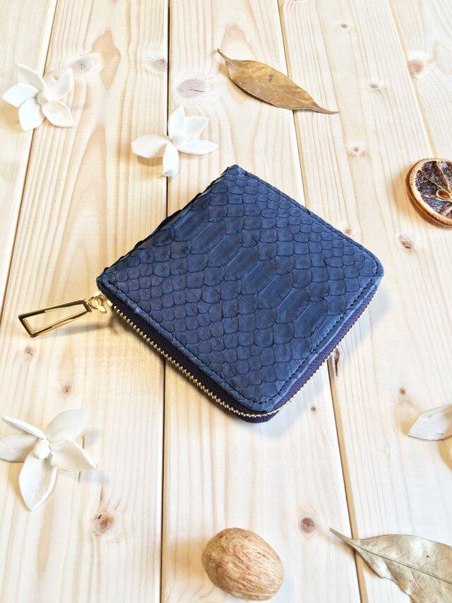 エキゾチックシリーズ≪パイソンネイビー≫コンパクト型二つ折り財布の画像1枚目