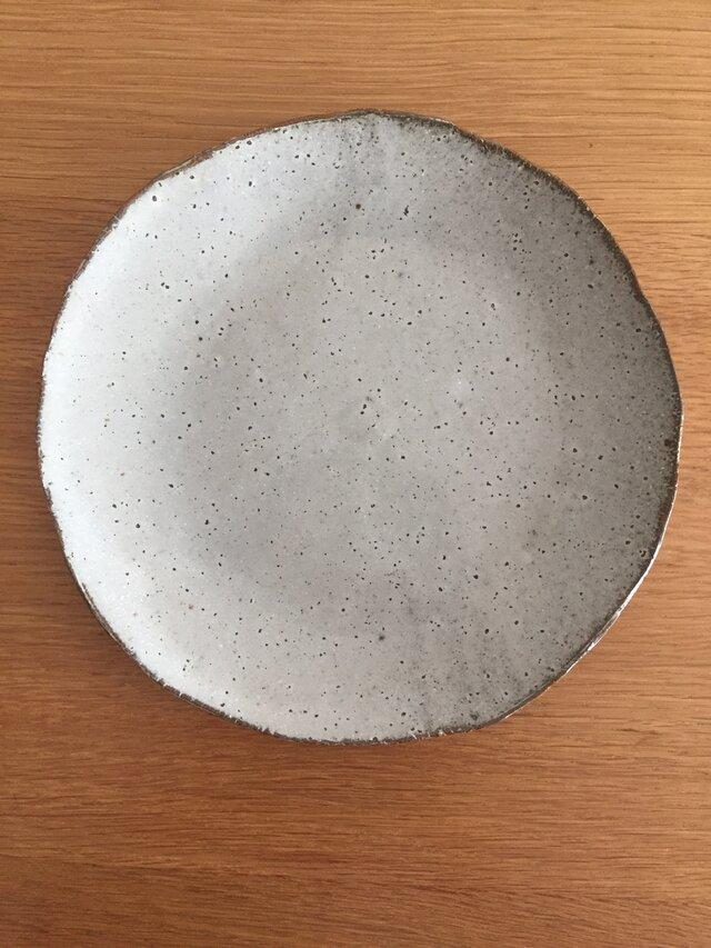 薄いお皿の画像1枚目