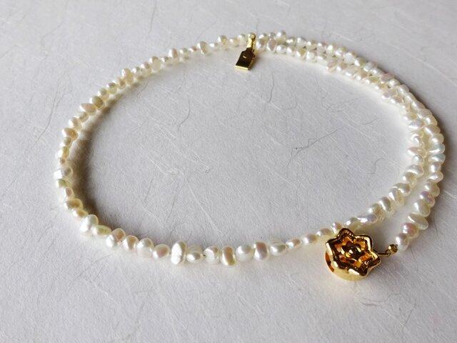ふんわりホワイト小粒淡水パールのネックレス/43cmの画像1枚目