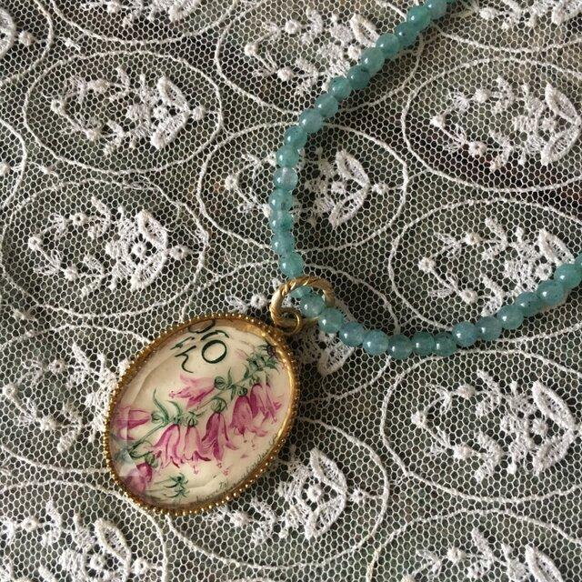 【yukunia】ショートネックレスお花Aの画像1枚目