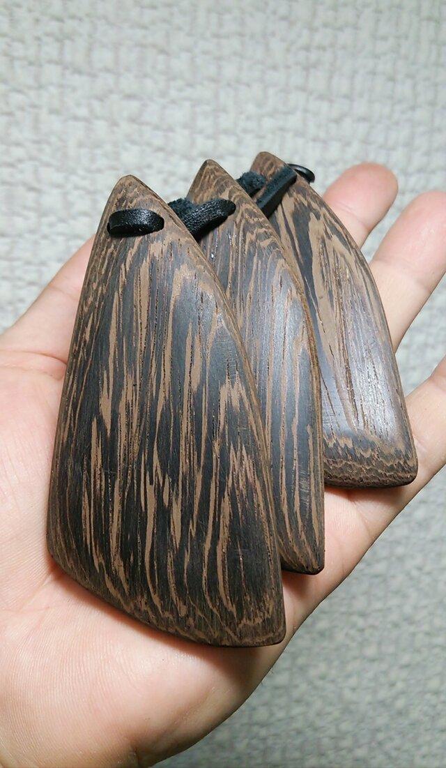沖縄楽器 三板(サンバ) 鉄刀木(タガヤサン)の画像1枚目
