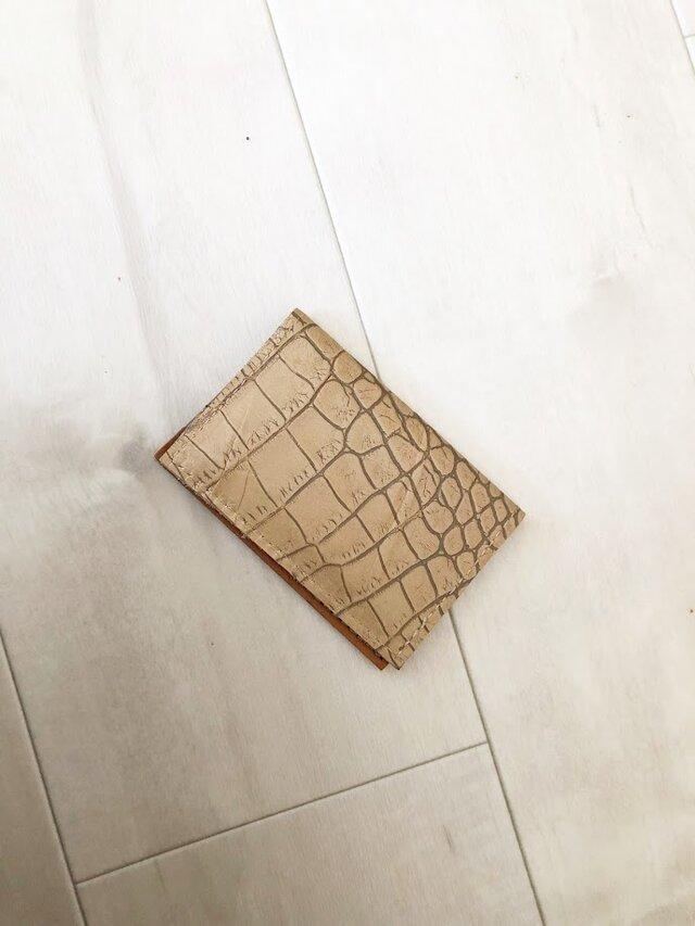 紋様が美しい クロコ型押し カードケース 本革 オーク 名刺入れ パスケースの画像1枚目