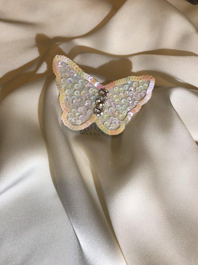 蝶の髪飾りの画像1枚目