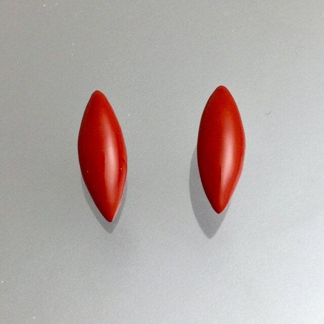 漆ピアス(赤・アーモンド)小の画像1枚目
