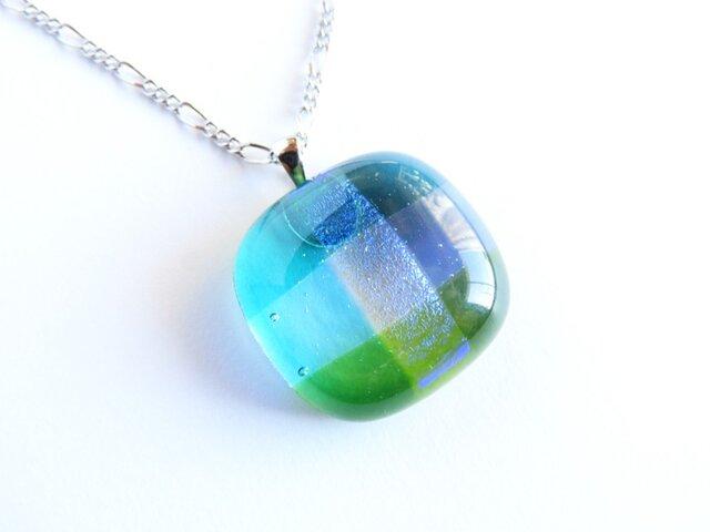 織り(ブルー×グリーン)/ガラスのペンダントの画像1枚目