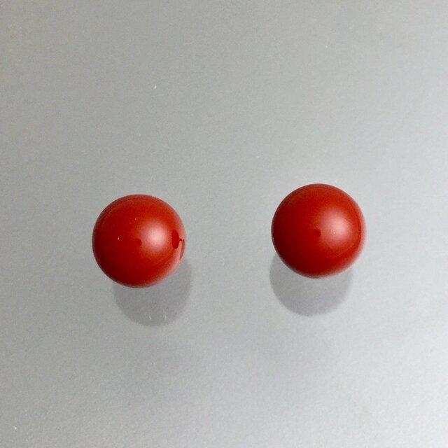 漆ピアス(赤・6mm玉)の画像1枚目