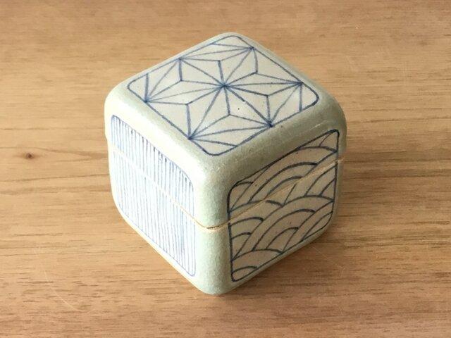 陶箱 幾何紋の画像1枚目