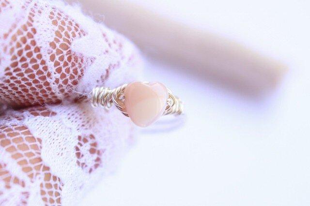 高品質ピンクシェル Heart Wire Ring の画像1枚目