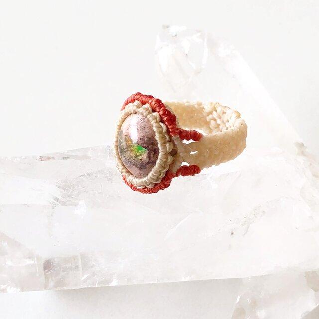 【マクラメ】カンテラオパールの指輪の画像1枚目