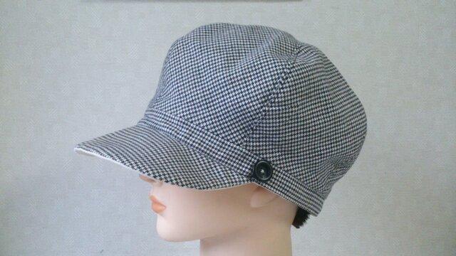 魅せる帽子☆とつても小さめ♪リバーシブルキャスケット~千鳥柄&生成の画像1枚目